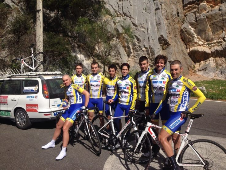 The whole team after the TT